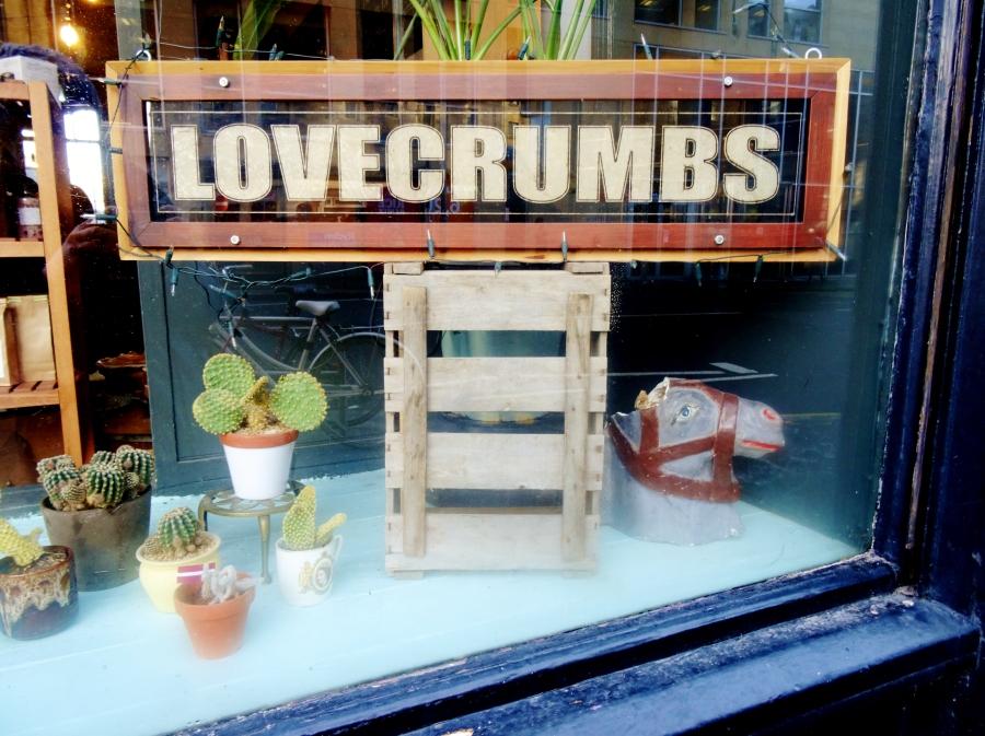 Lovecrumbs, Sam Loves Cake
