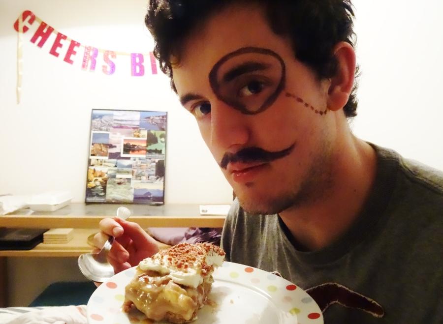 Will the Aussie, Sam Loves Cake