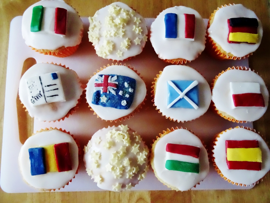 Goodbye Cupcakes, Sam Loves Cake